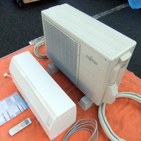 富士通ゼネラル(FUJITSU) ルームエアコン AS-R40C-W AO-R40Cを買取いたしました。